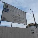 Placa sinaliza as obras de reforma do Terminal de Nilópolis